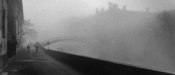 milan-navigli-fog
